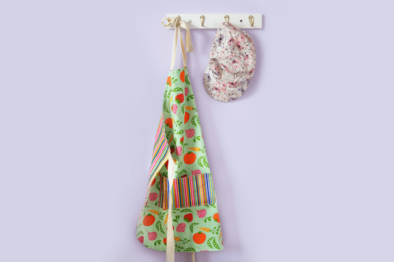 Little Food Lovers Fruit-and-Veggie Apron thumbnail