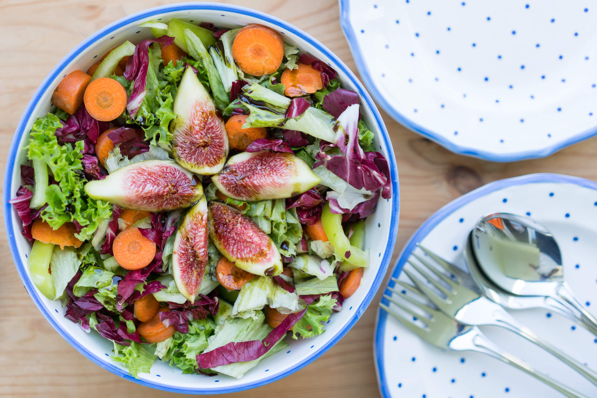 how to use pumpkin seeds in a salad