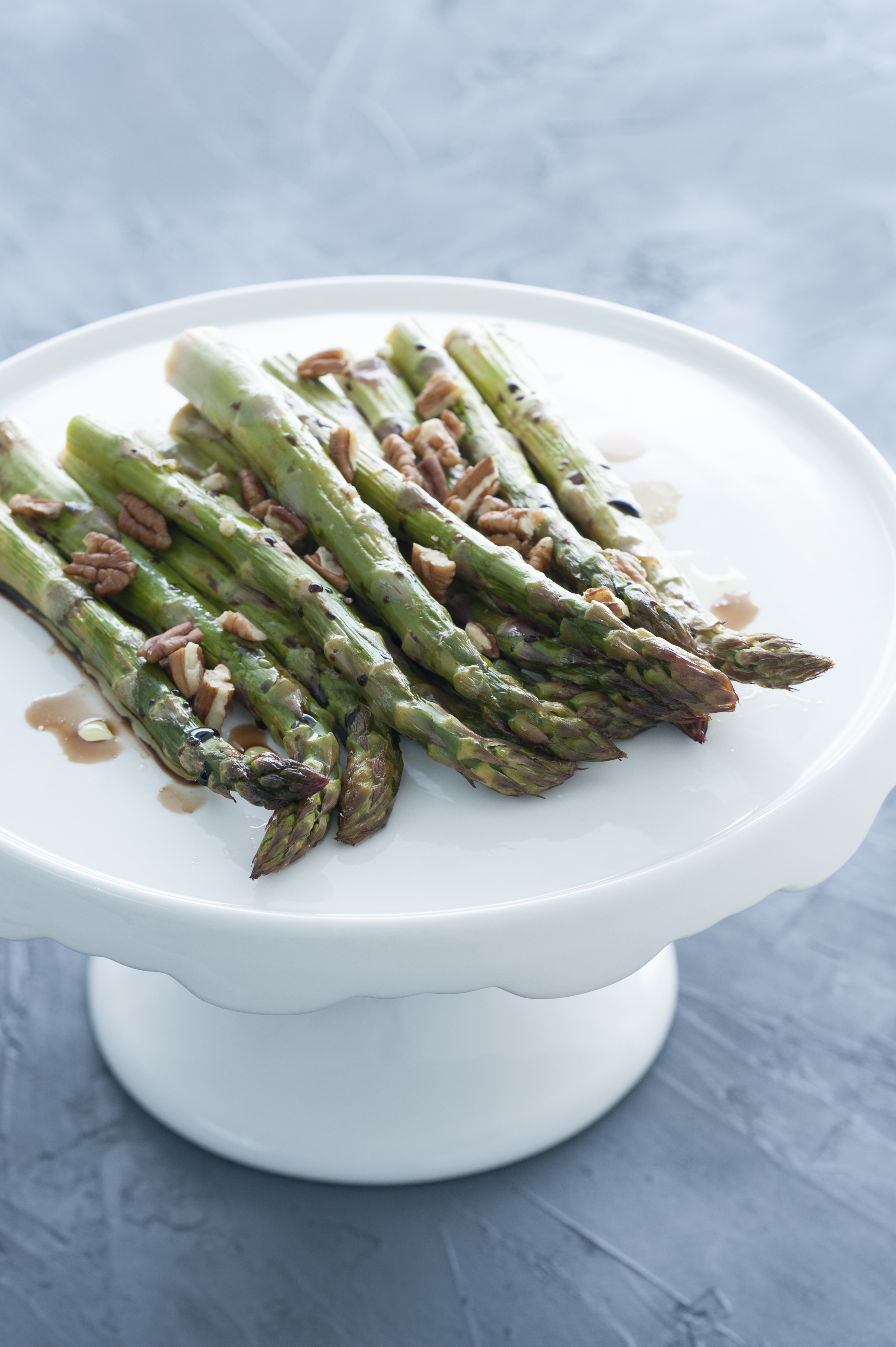 Roasted Lemon Asparagus with Pecans
